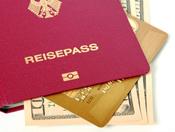 Pass und Kreditkarte für die Reise